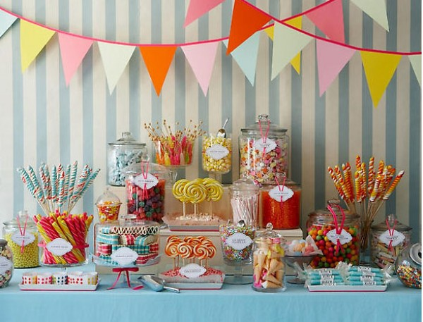 Idea Stalker Candy Display Table