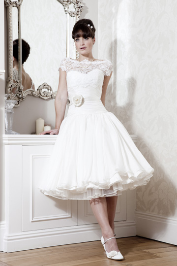 Naomi neoh camelia 50s style dress slatersparke for 50s inspired wedding dress