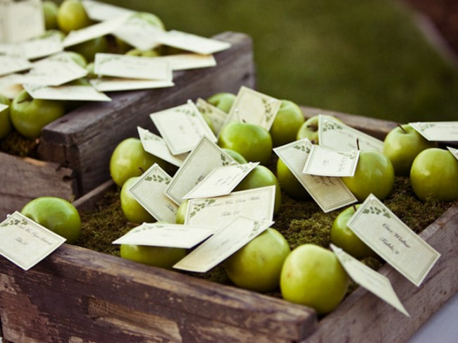 place settings for your wedding breakfast tables crisp green apples